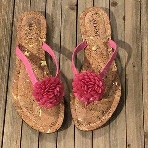 NEW Alfani Sweetie Flower Sandals Size 6